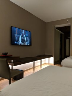 AC Minneapolis Hotel Double Bed Room